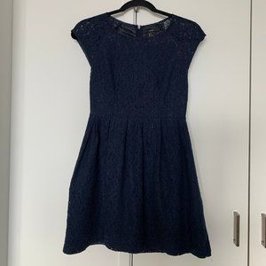 Cute Laced Navy Mini Short Sleeved Dress Small